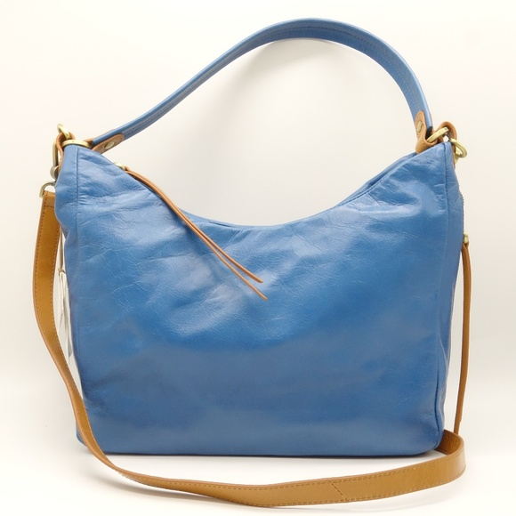 HOBO Handbags - NWT HOBO Delilah Leather Convertible Crossbody Bag